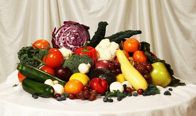 Download Vruchten en Groenten stock afbeelding. Afbeelding bestaande uit geheel - 39106509