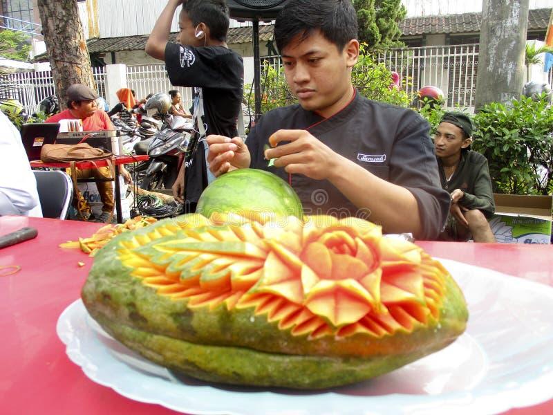 Vruchten het snijden stock afbeelding