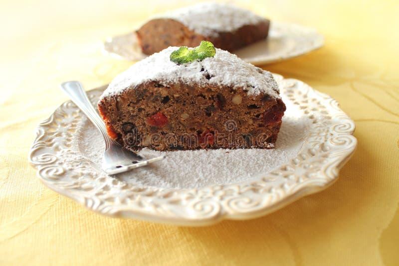Vruchtencake met wisky, chocolade en noten stock fotografie