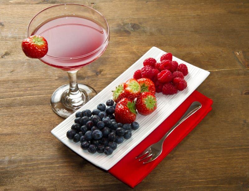 Vruchtesap met bessen royalty-vrije stock fotografie