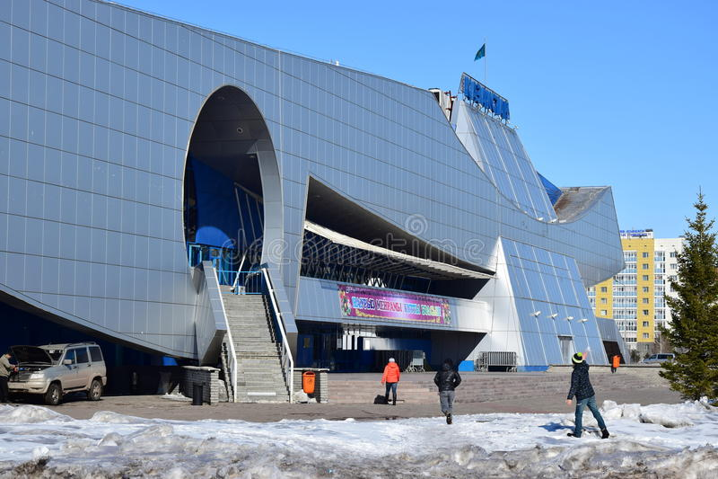 Vue à Astana en hiver images stock