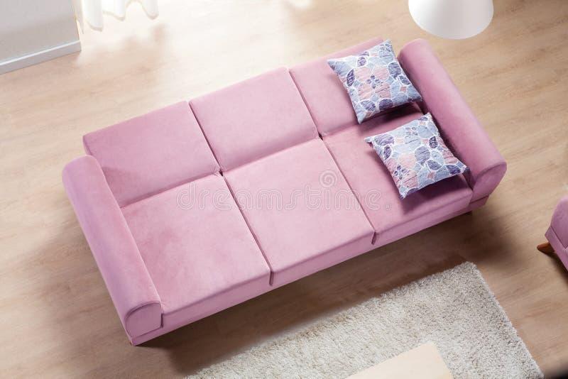 Vue à couvercle serti de sofa photo libre de droits