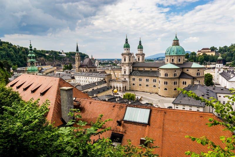 Vue à la ville de Salzbourg, Autriche image libre de droits
