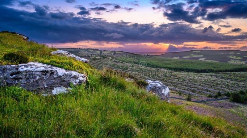 Vue à partir de dessus de grand rocher de Wanney photo libre de droits