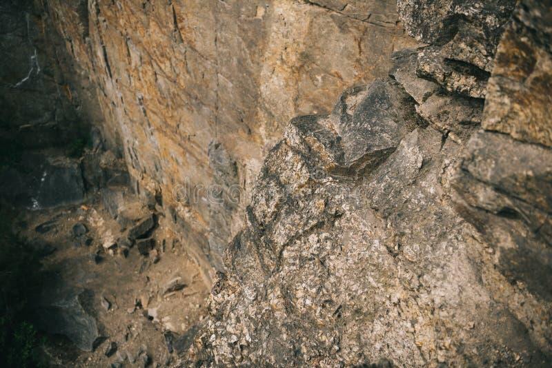 vue élevée de falaise rocheuse photos stock