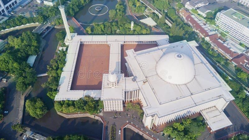 Vue élevée de mosquée d'Istiqlal à Jakarta image libre de droits