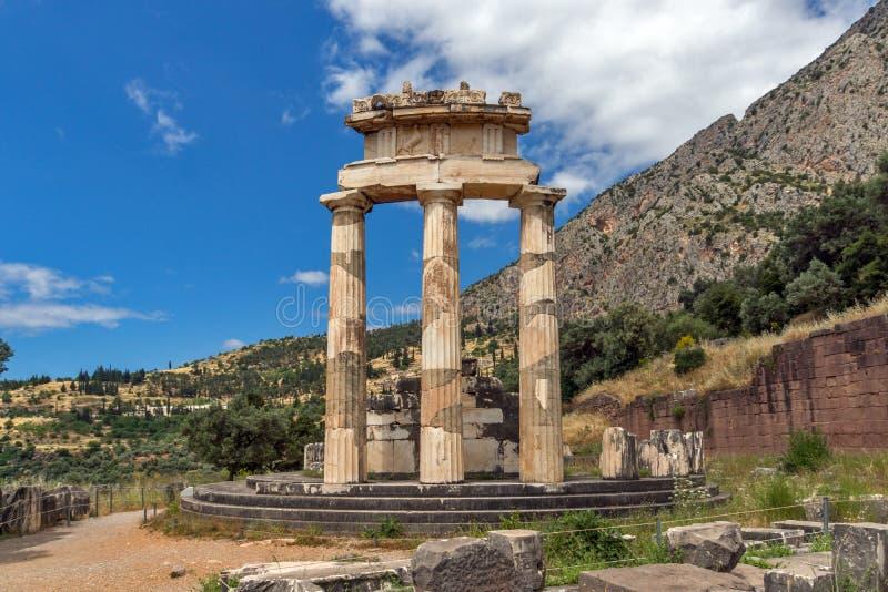 Vue étonnante Athena Pronaia Sanctuary au site archéologique du grec ancien de Delphes, Grèce image libre de droits