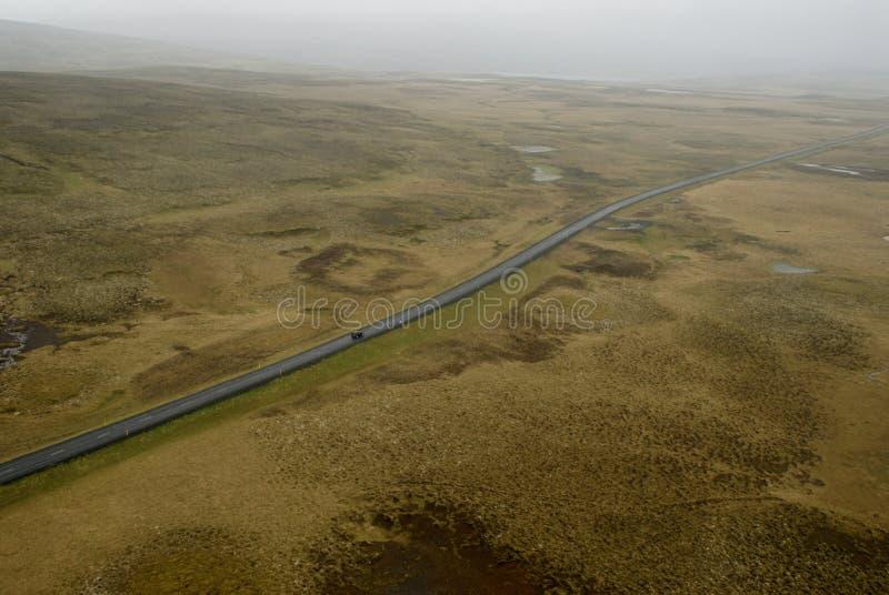 Vue aérienne à la route et à l'horizontal image libre de droits