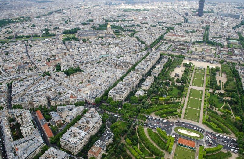 Vue aérienne à partir de dessus de tour d'Eifell à Paris, France photo stock