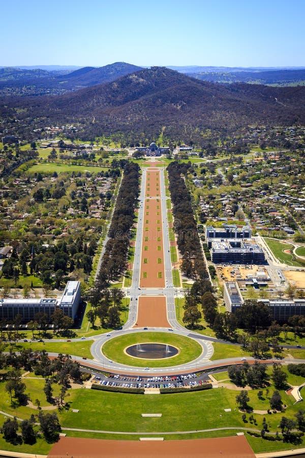 Vue aérienne Anzac Parade au mémorial de guerre australien photographie stock libre de droits