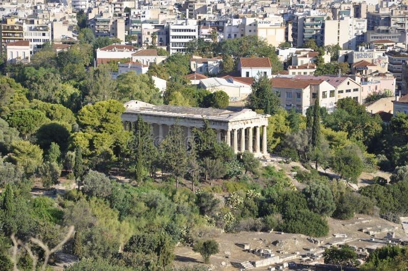 Vue aérienne avec le temple de Hephaistos d'Athènes en Grèce photos stock
