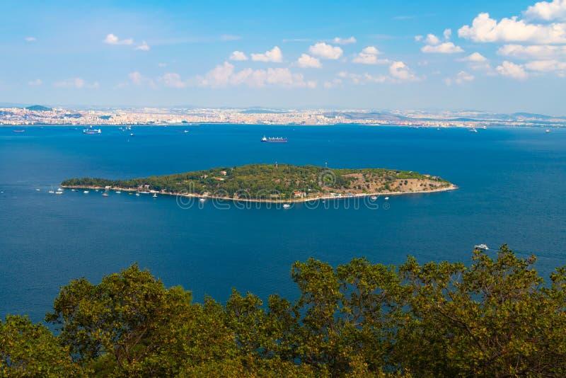 Vue aérienne d'île nacrée d'île de Sedef photographie stock