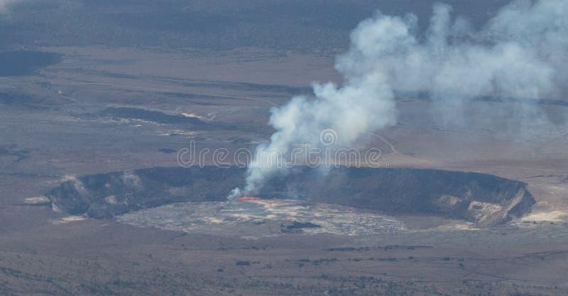 Vue aérienne d'activité volcanique He volcan de Kilauea photo libre de droits