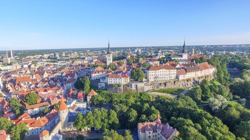 Vue aérienne d'horizon de Tallinn, Estonie image libre de droits