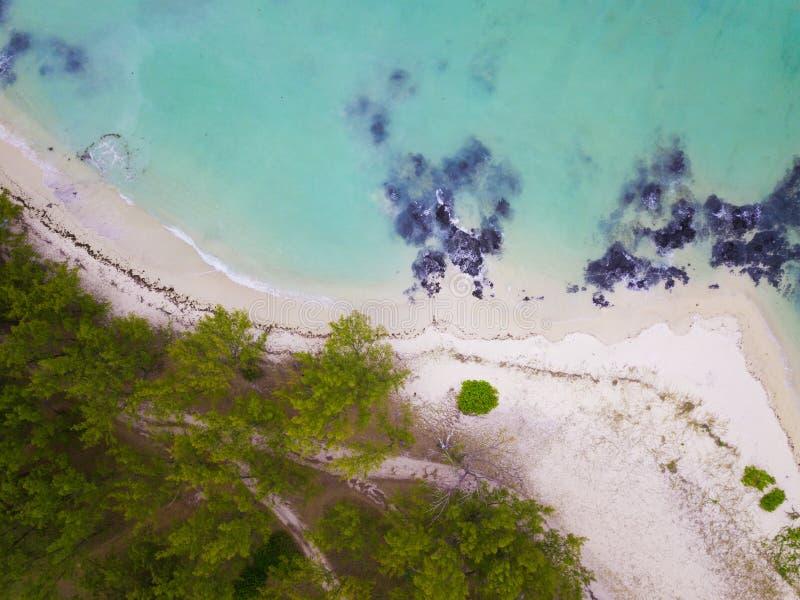 Vue aérienne d'Ile Cerfs aux., Îles Maurice L'île célèbre de cerfs communs photographie stock libre de droits