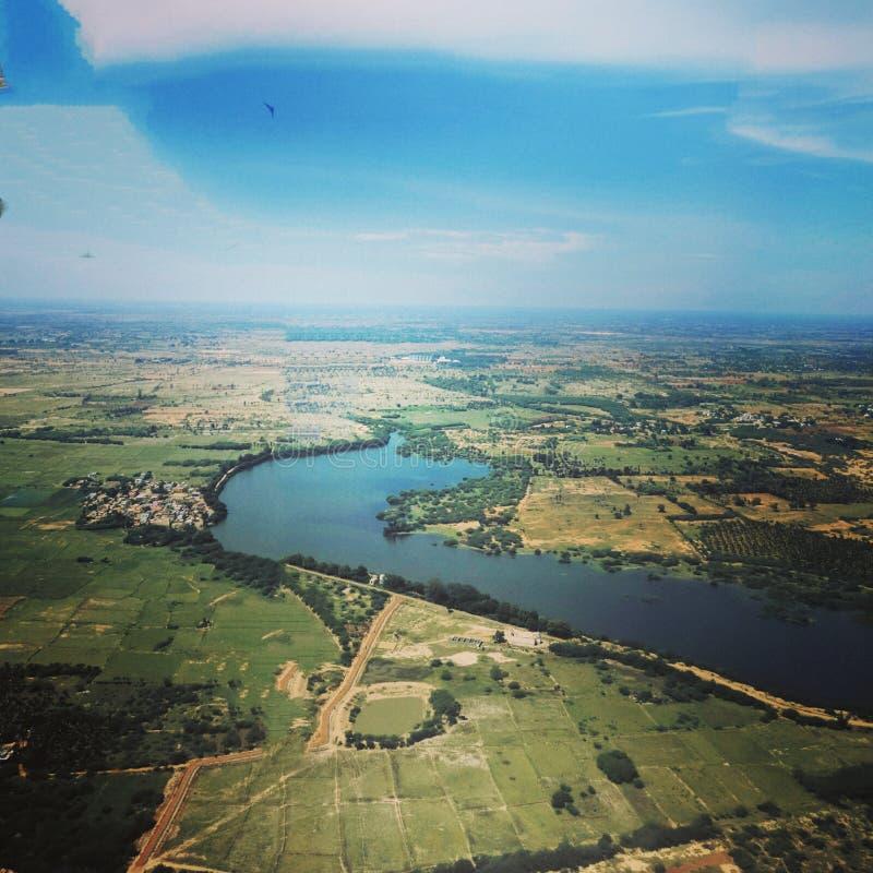 Vue aérienne d'un lac photographie stock