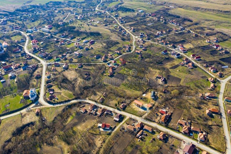 Vue aérienne d'un village photos stock