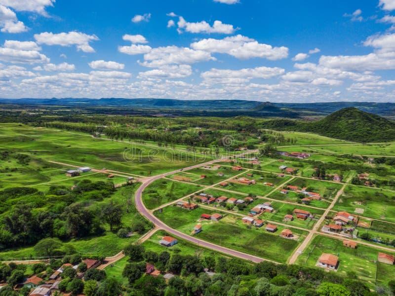 Vue aérienne d'un village près de Praguari images libres de droits