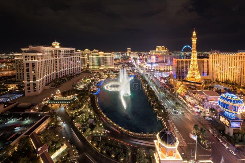 Vue aérienne de bande de Las Vegas la nuit images stock