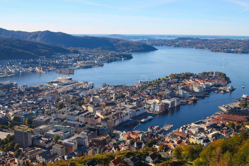 Vue aérienne de Bergen Norway de bâti Floyen photos stock