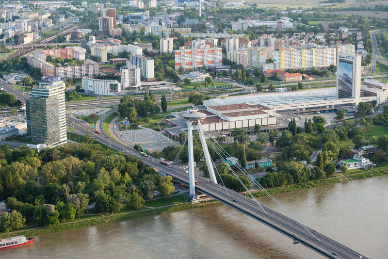 Vue aérienne de centre de la ville de Bratislava, Slovaquie images libres de droits