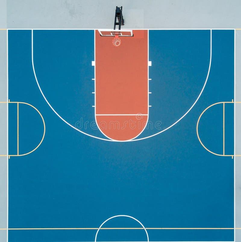 Vue aérienne de demi terrain de basket photographie stock libre de droits