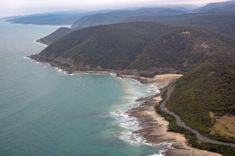 Vue aérienne de grande route d'océan, Victoria, Australie photos stock