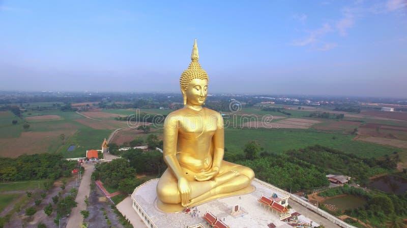 Vue aérienne de grande statue de Bouddha en Thaïlande photo stock