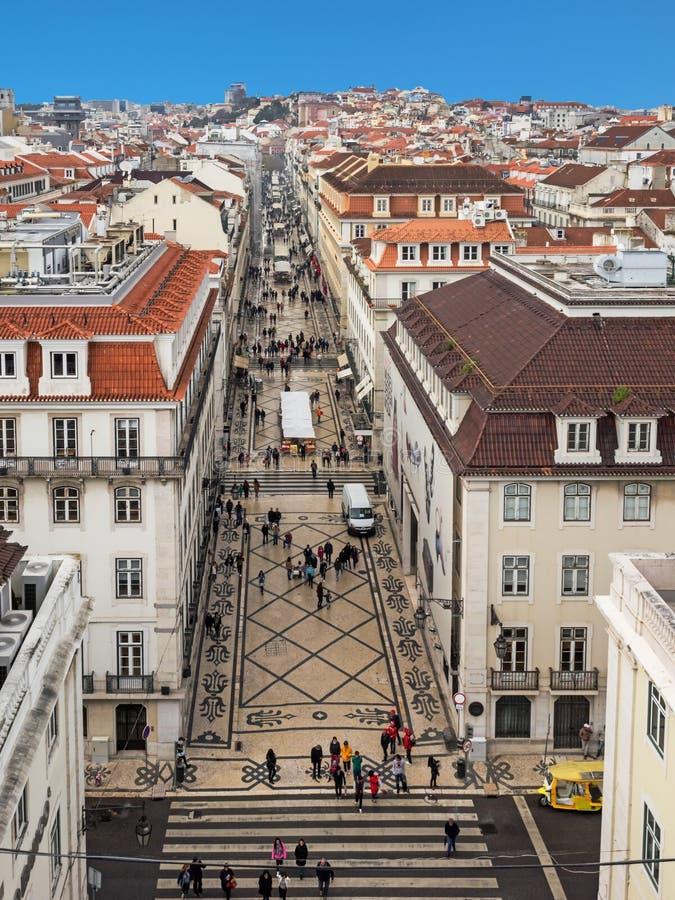 Vue aérienne de la rue d'achats Rua Augusta à Lisbonne, Portugal photos stock