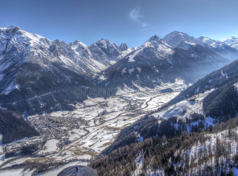 Vue aérienne de la vallée de Stubai, Autrichien Tyrol images libres de droits