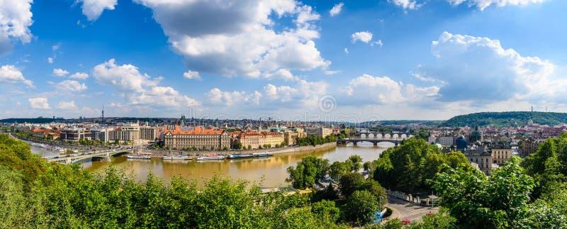 Vue aérienne de la ville du jardin de Letna, Prague, Tchèque Republi photos libres de droits