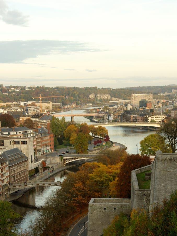 Vue aérienne de la ville et des ponts de Namur, Belgique, l'Europe image stock