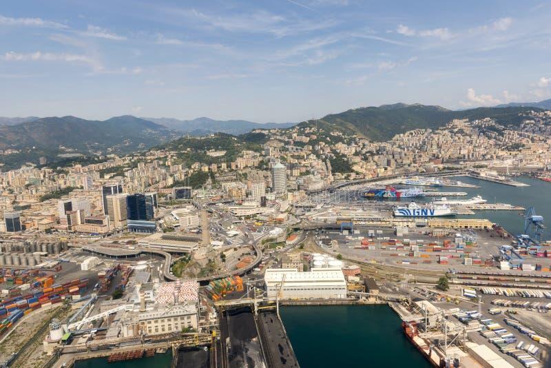 Vue aérienne de la ville de Gênes photos stock