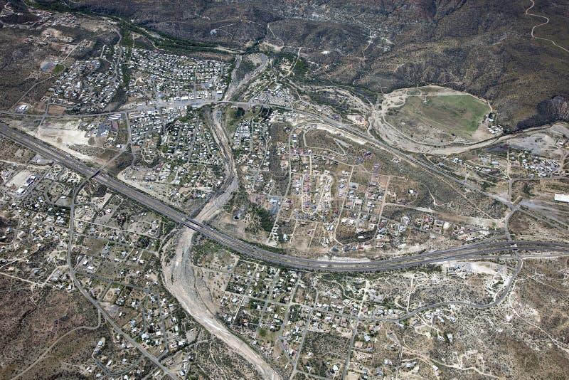 Ville noire de canyon images libres de droits