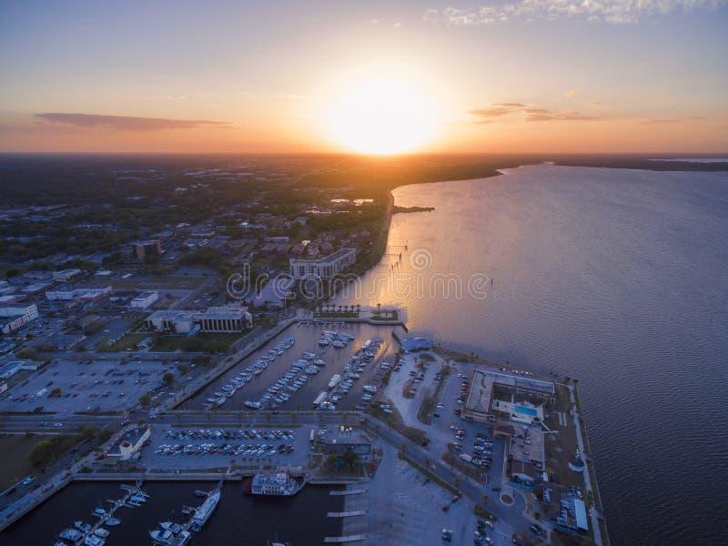 Vue aérienne de lac Monroe en Sanford Florida photos libres de droits
