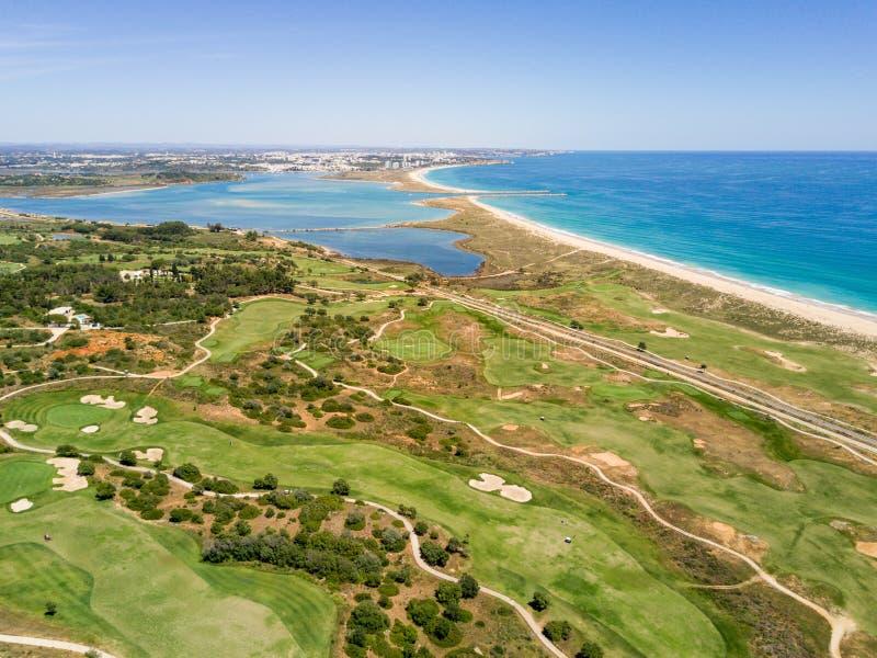 Vue aérienne de Lagos et d'Alvor, Algarve, Portugal image libre de droits