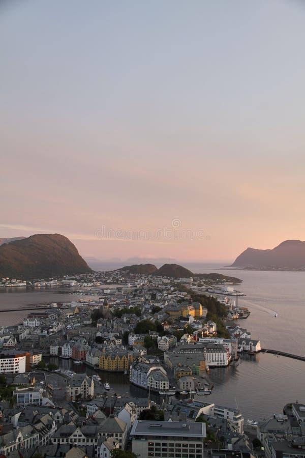 Vue aérienne de lesund Norvège de Ã… photographie stock libre de droits