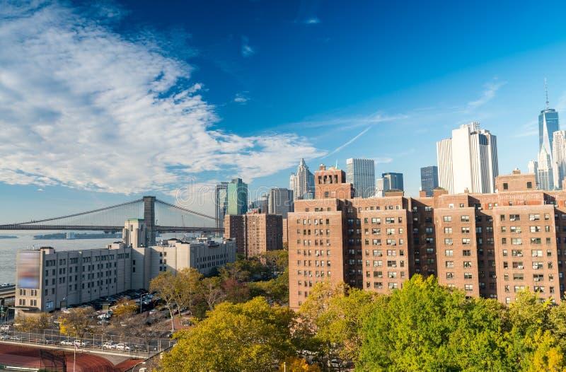Vue aérienne de Lower Manhattan un jour ensoleillé, New York City photos stock