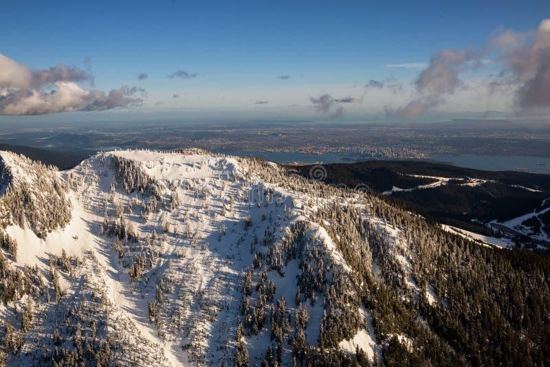 Vue aérienne de montagne de Cypress photos libres de droits