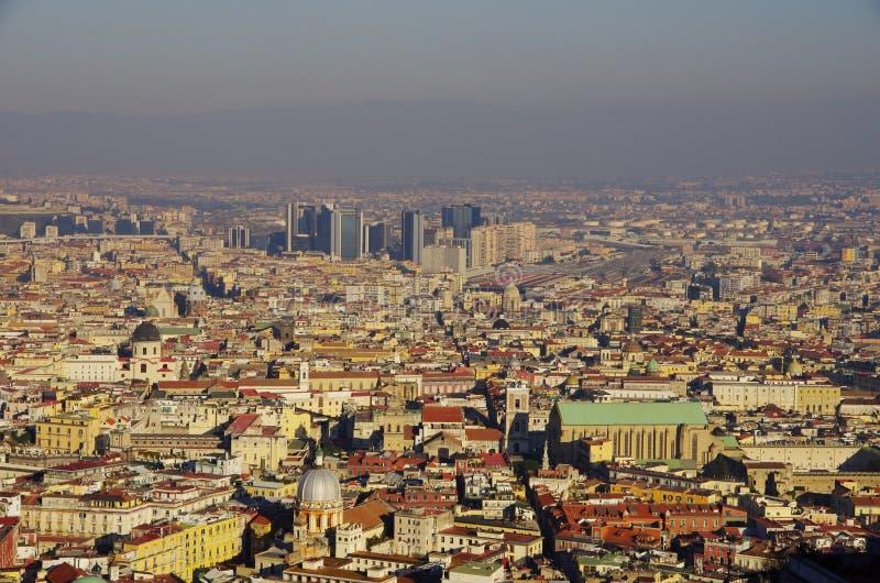 Vue aérienne de Naples, vers le district des affaires appelé photos stock