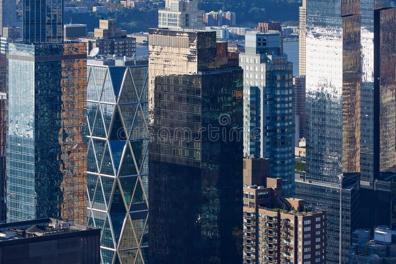 Vue aérienne de New York City Manhattan avec les gratte-ciel en verre image stock