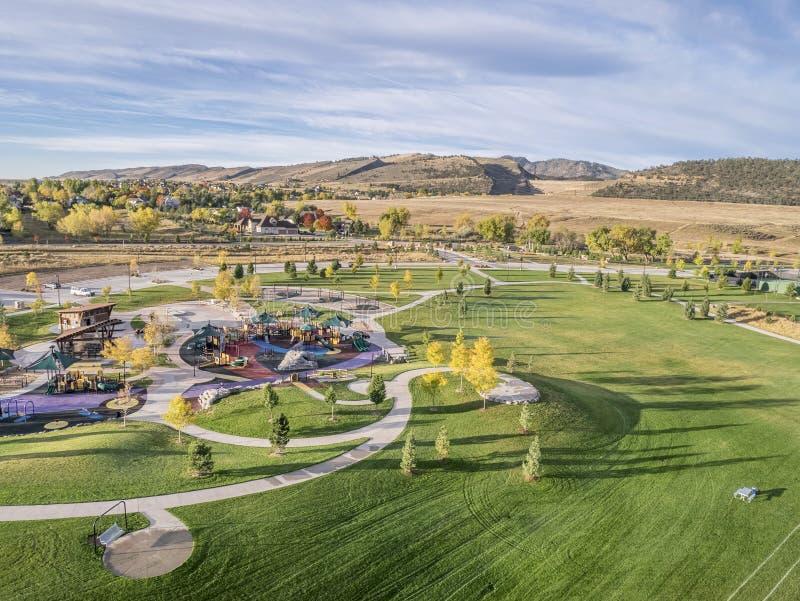 Vue aérienne de parc et de terrain de jeu photo stock