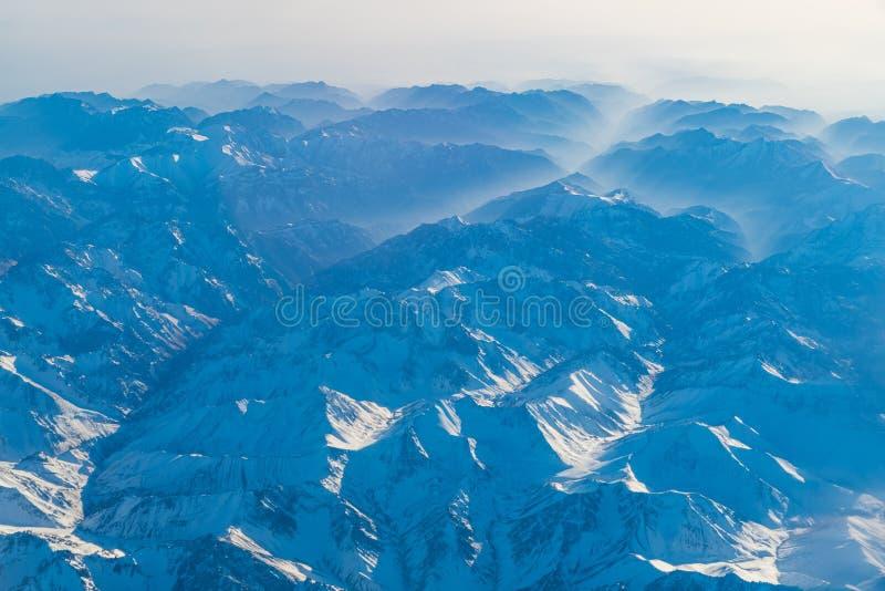 Vue aérienne de paysage dans la partie nord du Xinjiang de la Chine dans W photo stock
