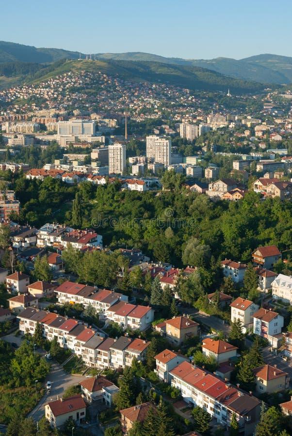 Vue a rienne de paysage de ville de sarajevo image stock for Paysage de ville