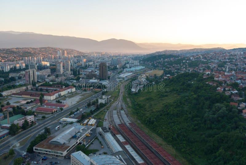 Vue aérienne de paysage de ville de Sarajevo photo stock