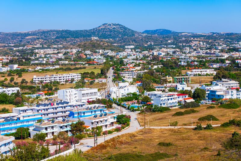 Vue aérienne de plage de Faliraki, Rhodes photo libre de droits