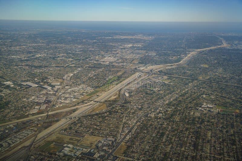 Vue aérienne de porte du sud, vue de siège fenêtre dans un avion photos libres de droits