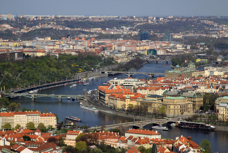 Vue aérienne de Prague, République Tchèque de colline de Petrin photos libres de droits