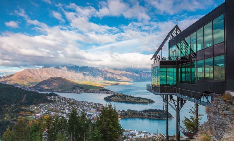 Vue aérienne de Queenstown en île du sud, Nouvelle-Zélande images stock