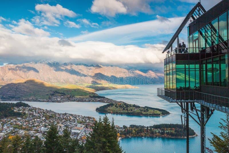 Vue aérienne de Queenstown en île du sud, Nouvelle-Zélande photo libre de droits